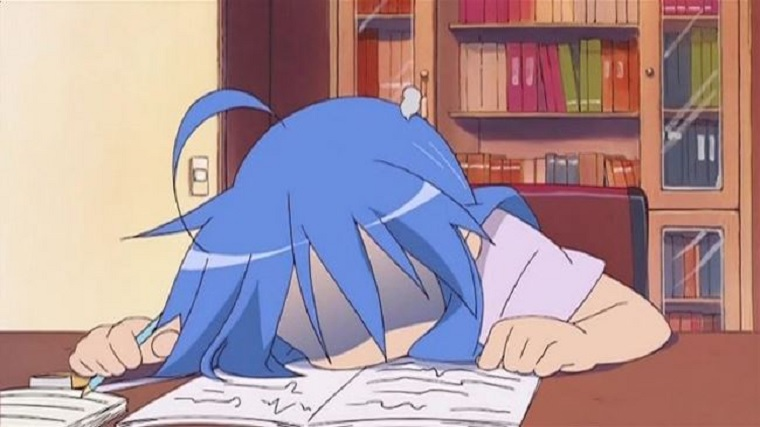 CA - Konata at her desk